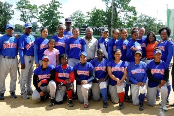 República Dominicana participa en el Campeonato Mundial de Sóftbol Femenino 2014